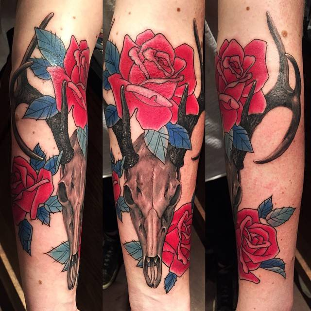 Tattoo Shop Brooklyn. Skull Roses Tattoo